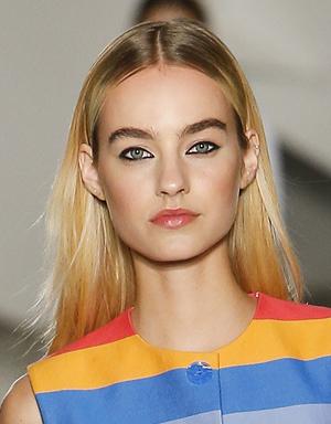 «Грязный» блонд, Carolina Herrera