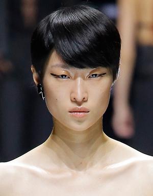 Черные волосы, Lanvin